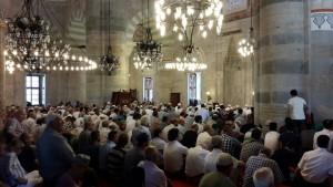 Prof. Dr. Nevzat Tarhan Mihrimah Sultan Camii'nde düzenlenen konferansa katıldı.
