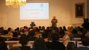 "Prof. Dr. Nevzat Tarhan'dan ""Mutluluk Bilimi"" Konferansı"