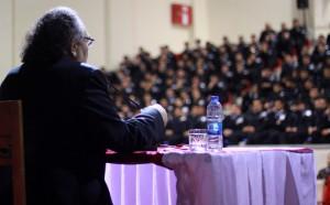 Tarhan'dan Polislere 'Güzel İnsan Modeli' Konferansı…