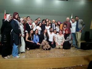 Başarılı yetimler Üsküdar Üniversitesi'nin ev sahipliğinde ödüllendirildi.