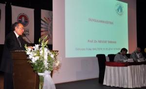 """Prof. Dr. Tarhan : """"Gençlere duygu eğitimi ihmal edilmemeli"""""""