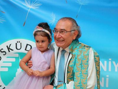Prof. Dr. Tarhan, Rektör Foto 3