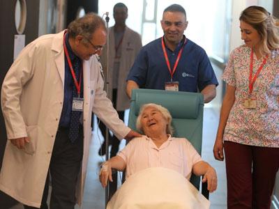 Prof. Dr. Tarhan, Psikiyatrist Foto 2