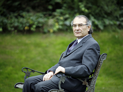 Prof. Dr. Tarhan, Yazar